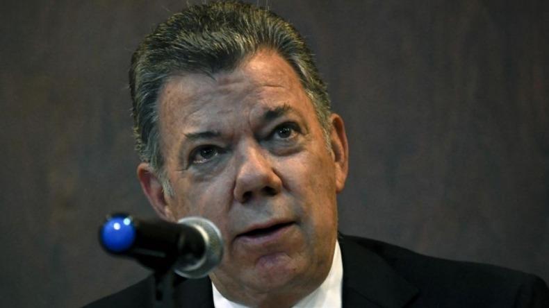 Santos ofrece ayuda a Duque para afrontar la difícil situación que vive el país