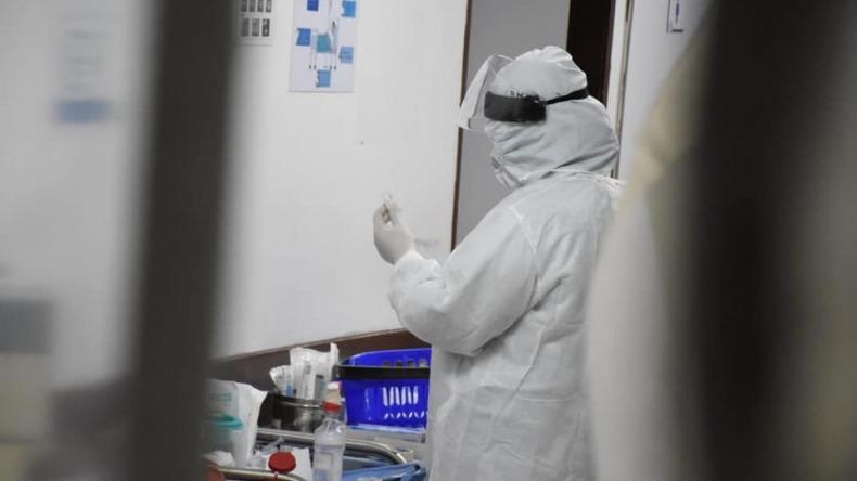 Dos fallecidos y 68 casos de COVID-19 fueron reportados por INS