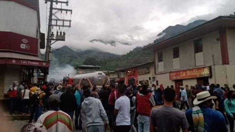 14 personas resultaron heridas en confrontaciones por bloqueo vial en Cajamarca