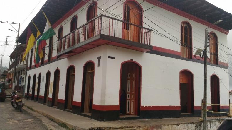Denuncian que cerca de 30 funcionarios de la Alcaldía de Icononzo fueron vacunados contra el COVID-19