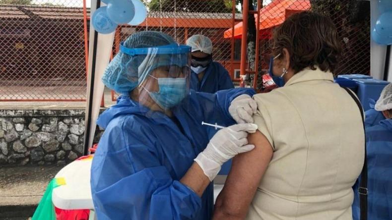 Ibagué inicia vacunación contra el COVID-19 para personas entre 75 y 79 años de edad