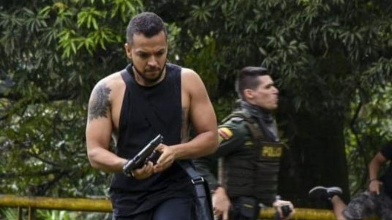 """Esto no es un gesto de paramilitarismo, es un gesto de una persona que apoya a la fuerza pública"""": empresario caleño"""