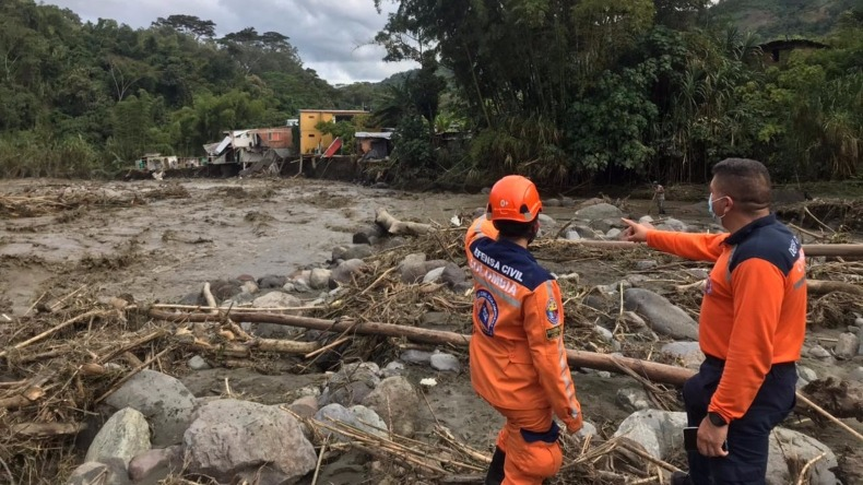 Se eleva el número de viviendas y barrios afectados tras emergencia del río Combeima