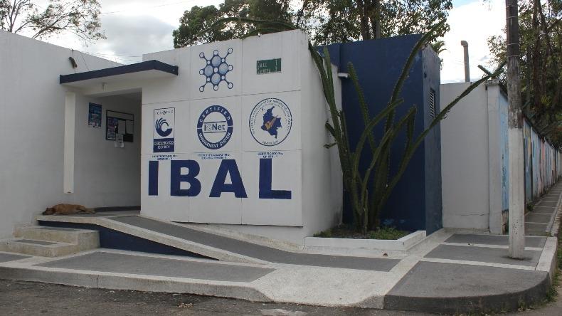Saldrán más de 100 contratistas 'corbata' que dejó Jaramillo en el Ibal; el 'favor' político le costó a la ciudad más de $8.000 millones