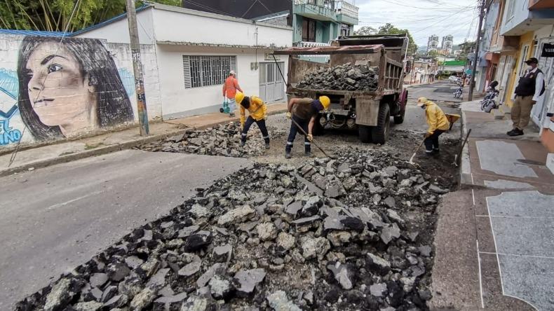 Pavimentaron vía de ingreso a la Universidad de Ibagué