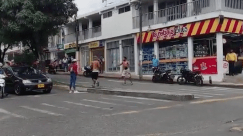 Dos hombres se enfrentaron a cuchillo en plena calle 60 de Ibagué