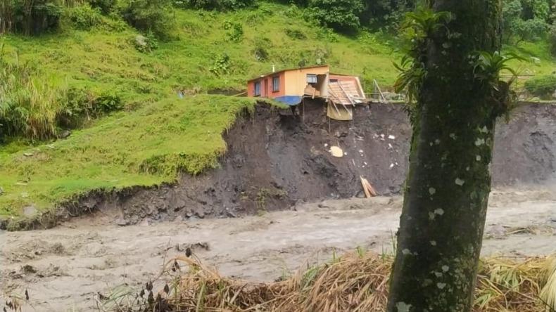 Creciente del río Combeima destruyó más de 30 viviendas y dejó otras 40 más con graves afectaciones