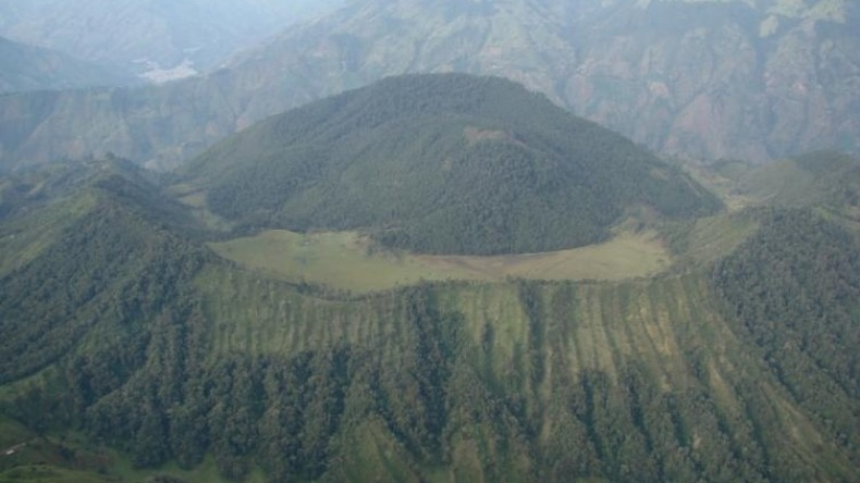 Autoridades aseguran que el Volcán cerro Machín continúa en actividad amarilla