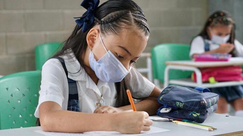 """""""Por salud mental, los niños deben retornar a clases presenciales"""": secretario de Educación del Tolima"""