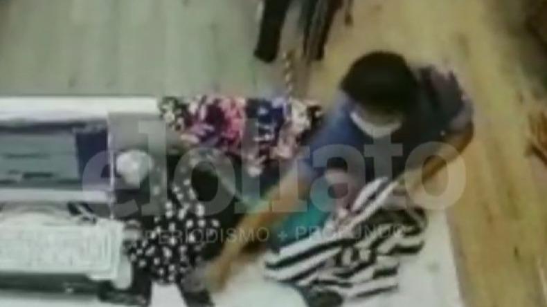 Delincuente fingió medirse ropa para robarse un celular en local comercial de Ibagué