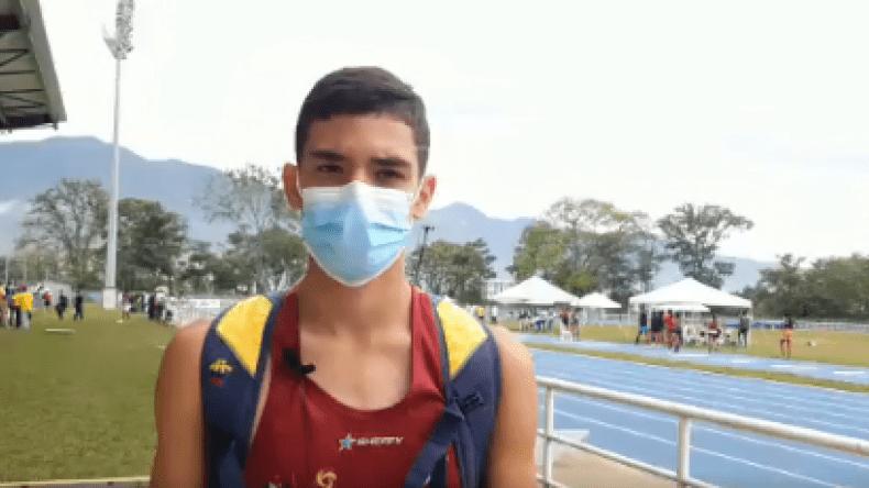 Oro para el Tolima: Santiago Rodríguez subió al podio en el campeonato de Atletismo U-18