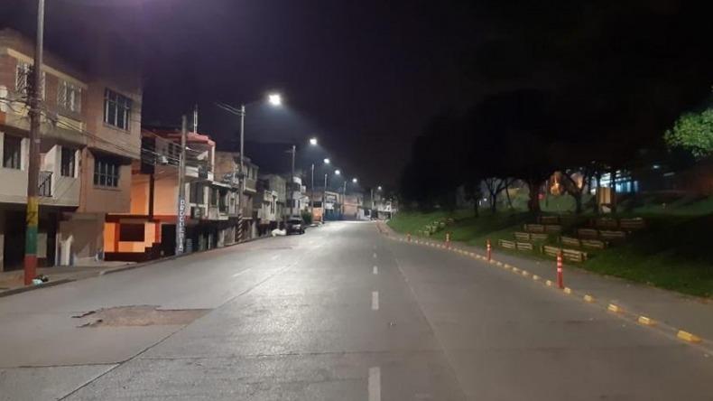 Alcaldía extendió medidas de toque de queda nocturno y 'pico y cédula' hasta septiembre