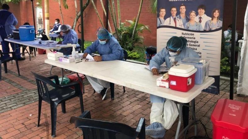 Habrá jornada de vacunación masiva para mayores de 75 años en la Comuna 12 de Ibagué