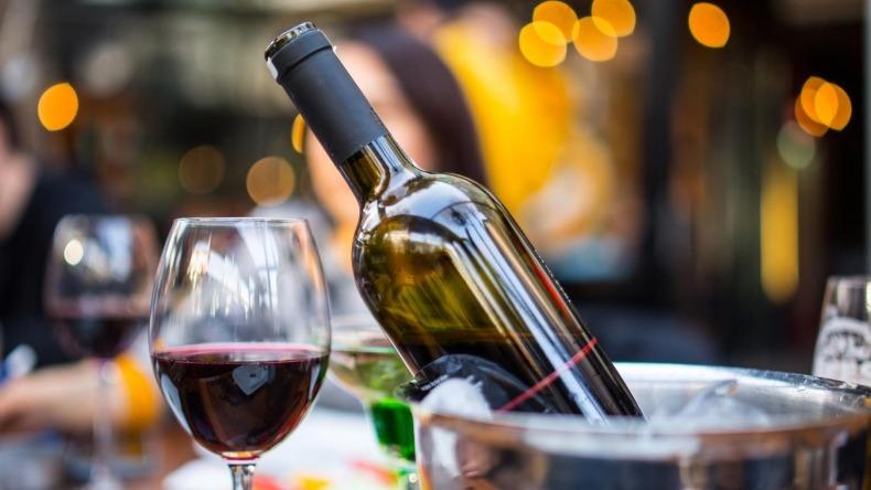 Consumo moderado de vino ayudaría a disminuir niveles de triglicéridos