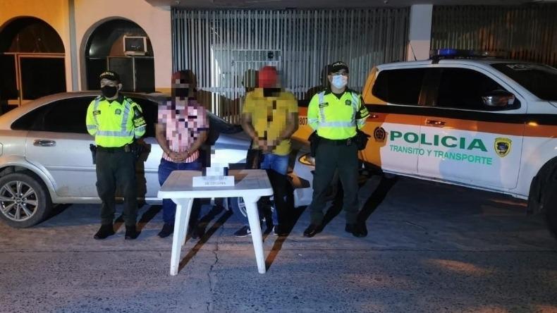 Capturan a dos hombres por transportar cocaína en un vehículo en Guamo