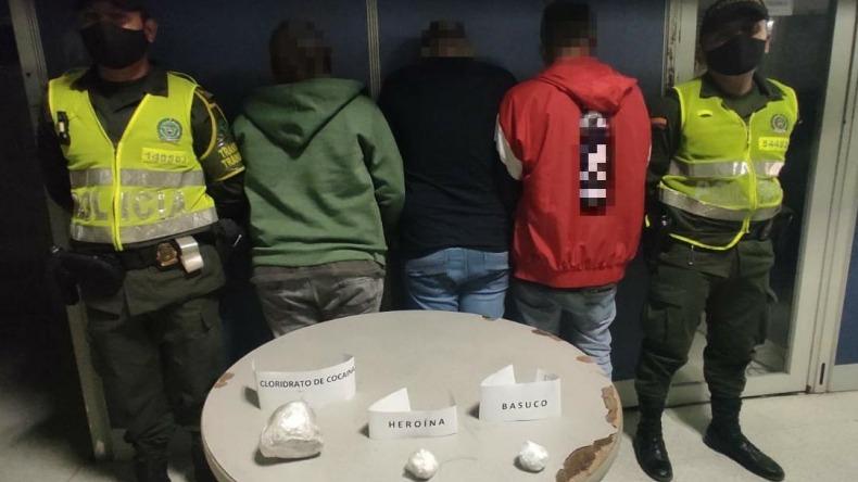 Una mujer, cuatro hombres y un adolescente capturados por traficar cocaína y bazuco en Ibagué