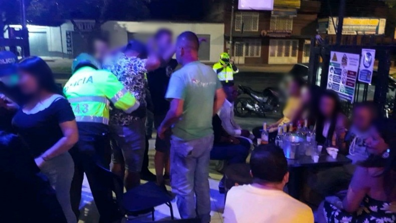 Policía sorprendió a menores de edad consumiendo licor en bares de Ibagué