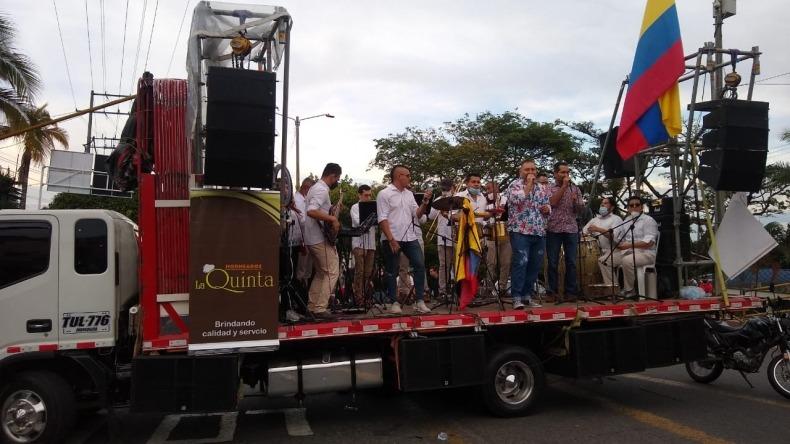 Empresarios locales realizaron concierto durante manifestación de la calle 60 con Quinta
