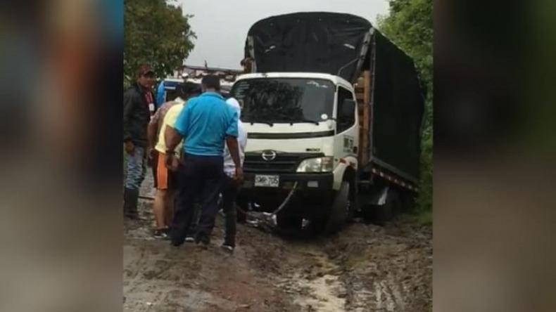 Por desacato de acción popular, 2.000 familias permanecen incomunicadas en el cerro Machín