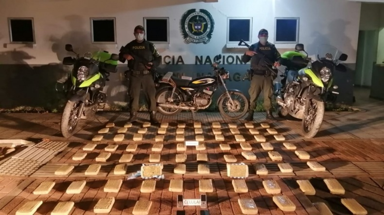 Abandonaron motocicleta con 42 kilos de marihuana en zona rural de Natagaima