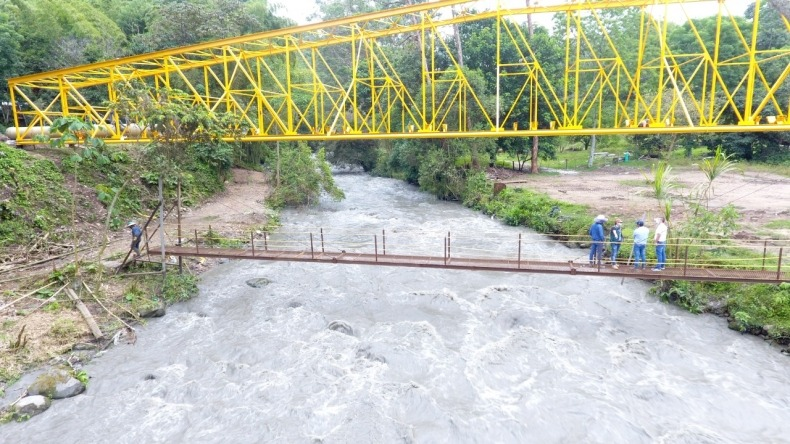Culminaron instalación del viaducto más importante del Acueducto Complementario en Ibagué