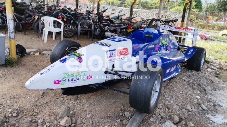 Una semana y no aparece el dueño del carro Fórmula 3 inmovilizado en Ibagué