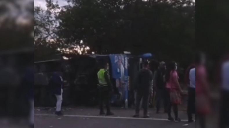 Siete personas heridas por accidente en vía Neiva - Castilla