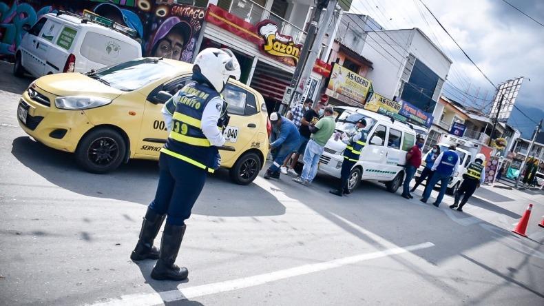 Más de 50 comparendos impuestos a conductores durante el Día sin carro y sin moto en Ibagué