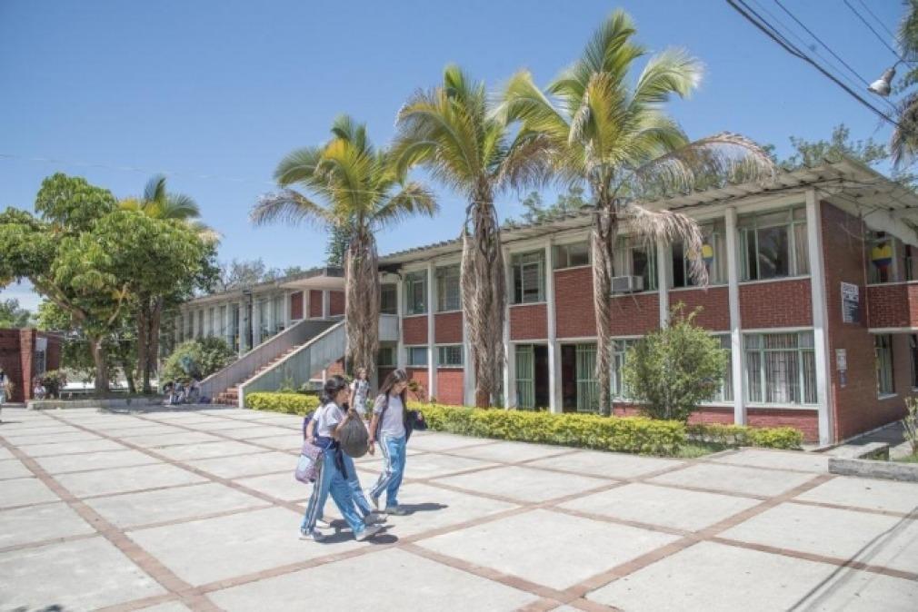 Regresarán a clases presenciales 2 mil estudiantes del colegio INEM de Ibagué