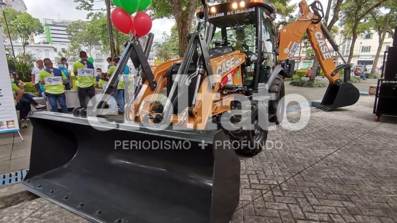 Alcaldía entregó kit de maquinaria para mejor movilidad en zonas rurales de Ibagué