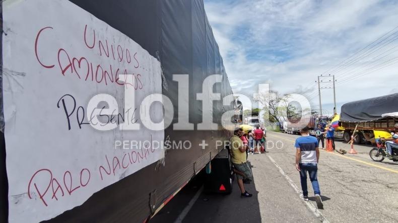 Representantes de la Alcaldía y gremio transportador acordaron levantar bloqueos de forma intermitente en Ibagué