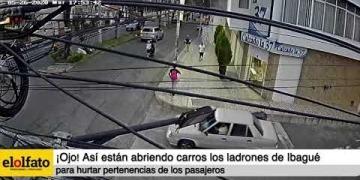Embedded thumbnail for ¡Ojo! Así están abriendo carros los ladrones de Ibagué para hurtar pertenencias de los pasajeros