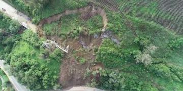 Embedded thumbnail for Alcaldía de Cajamarca pide celeridad en las obras del túnel de La Línea para evitar más deslizamientos