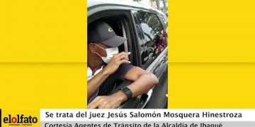 Embedded thumbnail for Juez de Ibagué violó aislamiento social y huyó del lugar golpeando a los agentes y una motocicleta