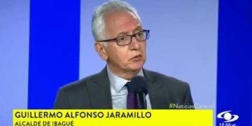 Embedded thumbnail for Alcaldes del país critican a Petro por oportunista y Jaramillo lo defiende