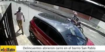 Embedded thumbnail for En tres minutos delincuentes abrieron un carro en el barrio San Pablo de Ibagué y hurtaron varios elementos de valor