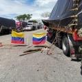 Transportadores realizan bloqueos intermitentes en el sector de la Vara en Ibagué