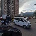 Graves problemas de movilidad en la avenida Guabinal, entre calles 60 y 64