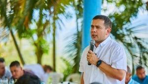 """""""Hay que ganarle la pelea a los sectarismos y gestionar sin distingos políticos"""": senador Miguel Barreto"""