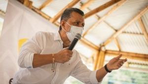 Gobernador Orozco propone solución para desbloquear paso en El Totumo, pero manifestantes se resisten