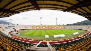 Entregan adecuaciones del Estadio Manuel Murillo Toro