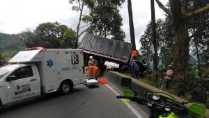 Un hombre resultó herido un accidente de tránsito en la vía a Calarcá