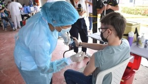 Menores de edad entre los 12 y los 14 años ya se podrán vacunar contra el COVID-19