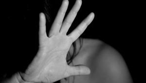 Víctimas de delitos sexuales tienen derecho a denunciar por redes sociales a sus agresores