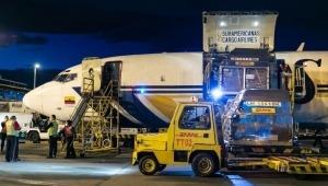 Aterrizaron en Colombia 1.249.000 dosis de Jansen contra el COVID-19
