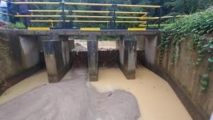 Inició limpieza de la bocatoma Cay para restablecer el servicio de agua potable en Ibagué