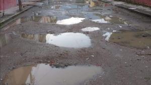 Habitantes del barrio Boyacá se quejan de los cráteres en las vías y la desidia del Municipio