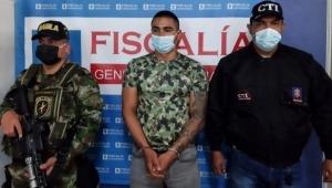 Cárcel a hombre que habría engañado a otro con falsos dólares en el Tolima