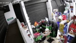 Delincuente asaltó a mano armada reconocido supermercado de Mariquita