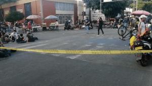 Manifestantes bloquean calle 42 con carrera Cuarta Estadio y calle 60 con Quinta de Ibagué